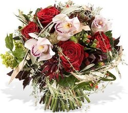 White and red roses and mixed flowers
